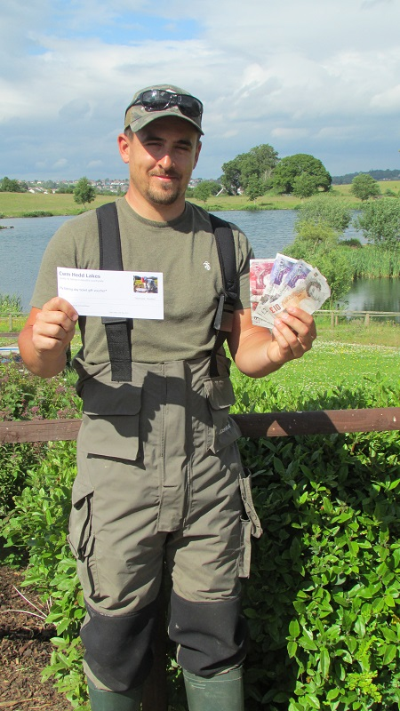 Luke Thomas nets the Cwm Hedd tag fish and wins £100 plus a day ticket!